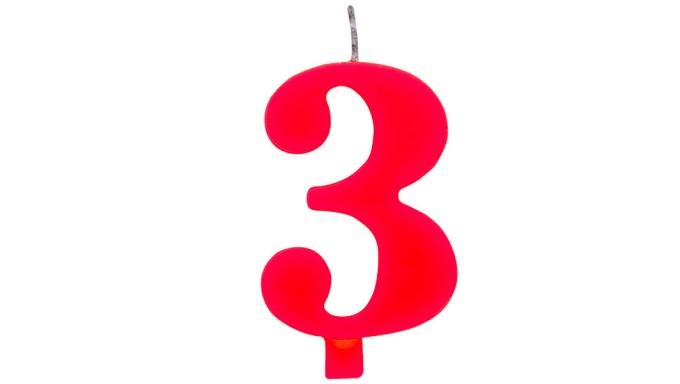 CANDELA numero 3 ROSSO per torta - candelina SCINTILLANTE numerale per dolci