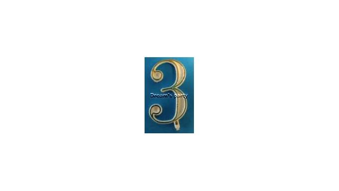 NUMERIN0 3 PLASTICA FILO ORO H. 4,5 CM